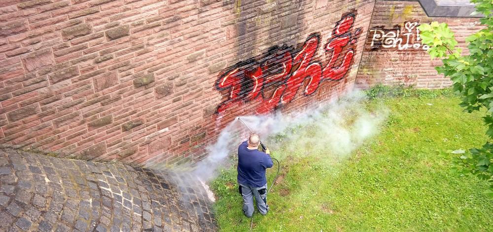 Graffitiverwijdering [pb-city]